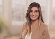 Fatma Kübra Özkan Finanzberater Salzgitter