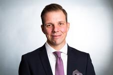 Lars Neemann Finanzberater Hamburg