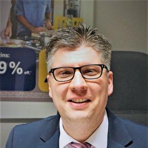Dennis Sandro Reiß Finanzberater Braunschweig