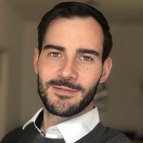 Enrique Doleschy Finanzberater Mainz