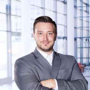 Marc Arthur Sperling Finanzberater Pforzheim