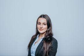 Laura Schwender Finanzberater Fürth