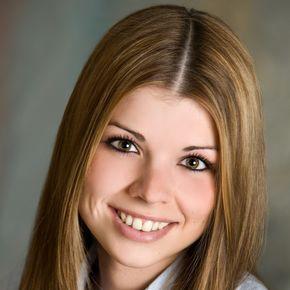 Angelina Stern Immobilienkreditvermittler Hanau