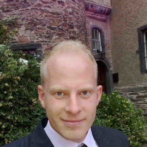 Profilbild von  Henrik Peters