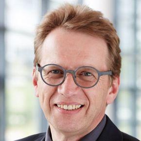 Matthias M. Böhmelt
