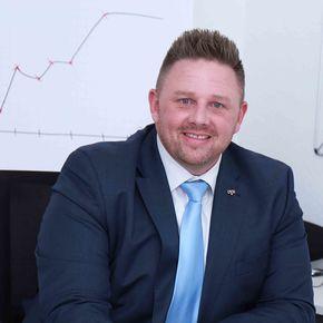Dennis Becker Finanzberater Ahlen