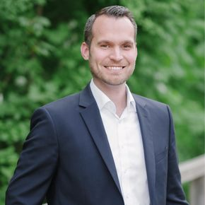 Bastian Gebhardt Finanzberater Niederfüllbach