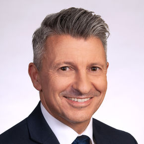 Sascha Müller Finanzierungsvermittler Neuss