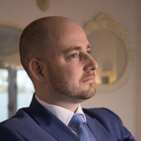 Benjamin Ewe Finanzierungsvermittler Krefeld