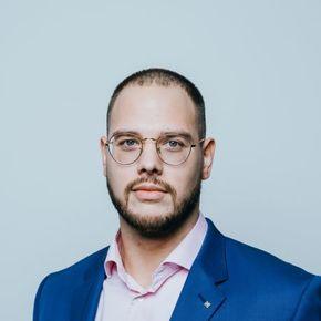 Morten de Vos Spezialist für private Finanzanalyse DIN 77230 Bremerhaven