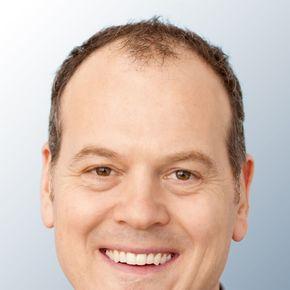 Gunter Blumenau