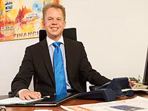 Stefan Ebenhoch Finanzberater Königsbrunn