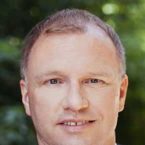 Roland Dravoj Vermögensberater Stuttgart