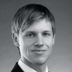 Julian Adolphs Finanzberater München