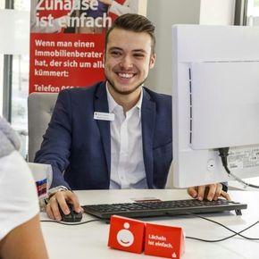 Marcel Schlott Bankberater Friedrichsdorf