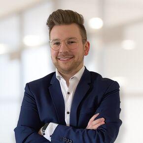 Julian Tschackert Finanzberater Bremen