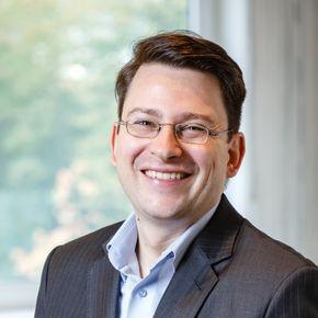 Christian Schneider Certified Financial Planner® Ratingen