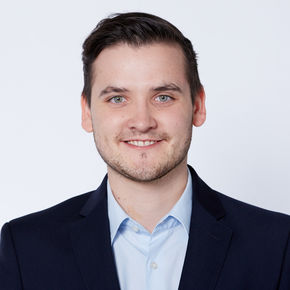 Mike Mathes Finanzberater Frankfurt am Main